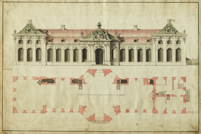 """Dieser vom Herzog bevorzugte Entwurf Krohnes für das """"Laurierhaus"""" (Lorbeerhaus) zeigt sehr schön, wie prächtig die gesamte Fassade und die Dächer des Kalthauses ursprünglich mit barockem Dekor verziert waren. Im Grundriss sind sehr schön Details wie z.B. die Öfen (dunkelgrau) auf der Südseite sowie die Grotte zwischen westlichem Appartement und Westpavillon zu erkennen. (Original: ThStA Gotha)"""