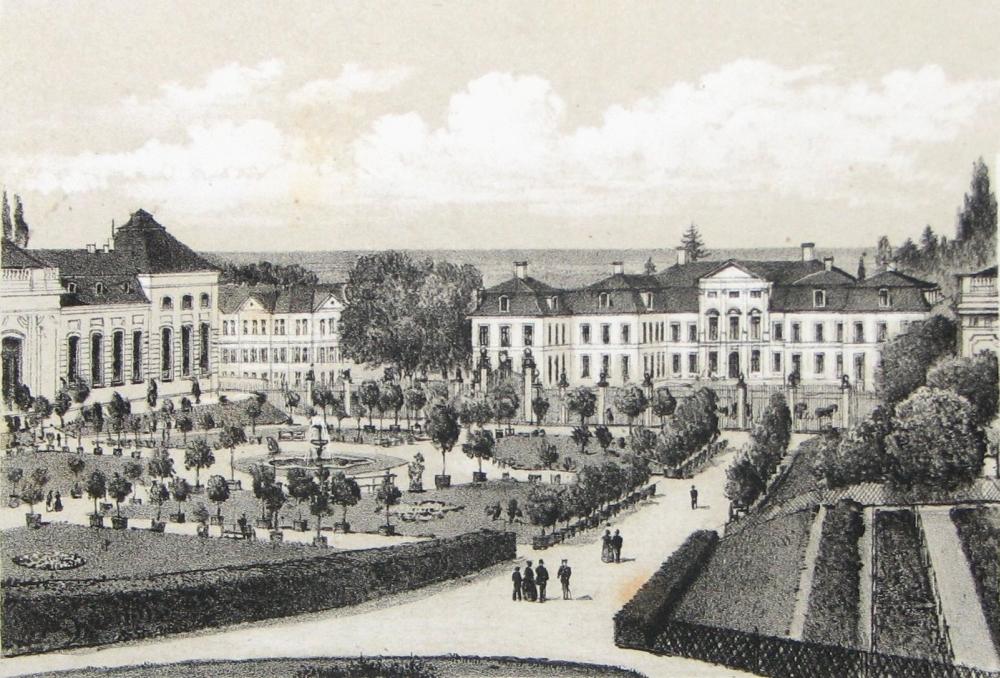 """Um 1875 schuf Robert Geissler diese """"Orangeriegarten mit Friedrichsthal"""" betitelte Lithografie. Gut zu erkennen ist darauf das nun flache Brunnenbecken mit dem neuen metallenen Springbrunnen. (Original: MRV)"""