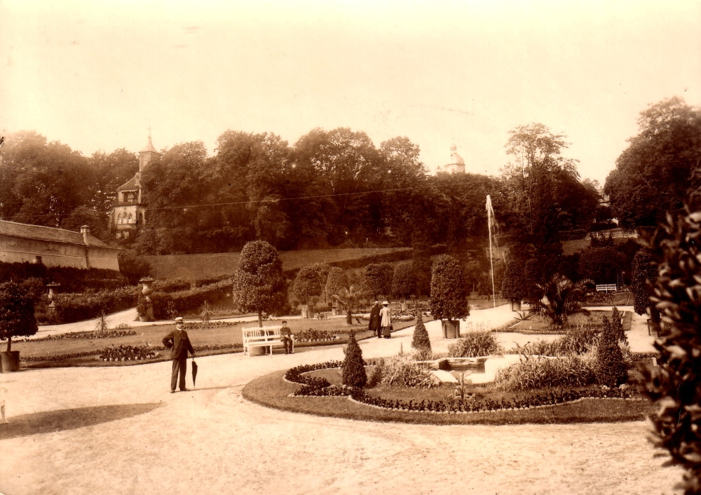 1915 II Brunnen