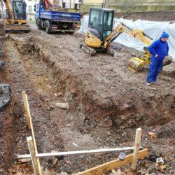Fundament des Kamelienhauses wird ausgehoben